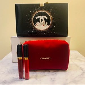 2x Chanel Rouge COCO GLOSS W Chanel make up pouch